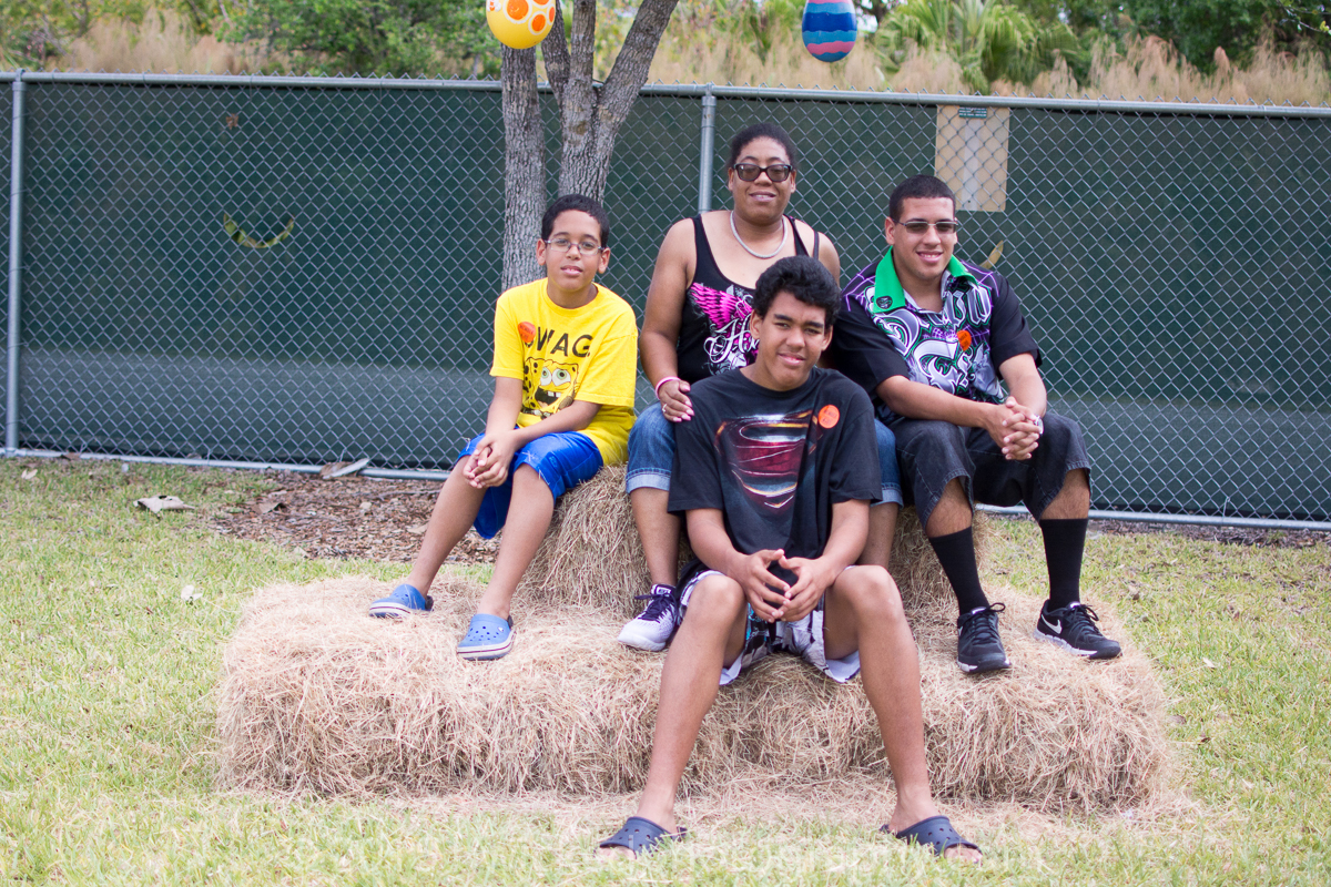 Family Easter Sunday at Zoo Miami